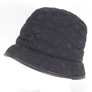 COACH BLACK QUILTED LEATHER TRIM BUCKET HAT M / L